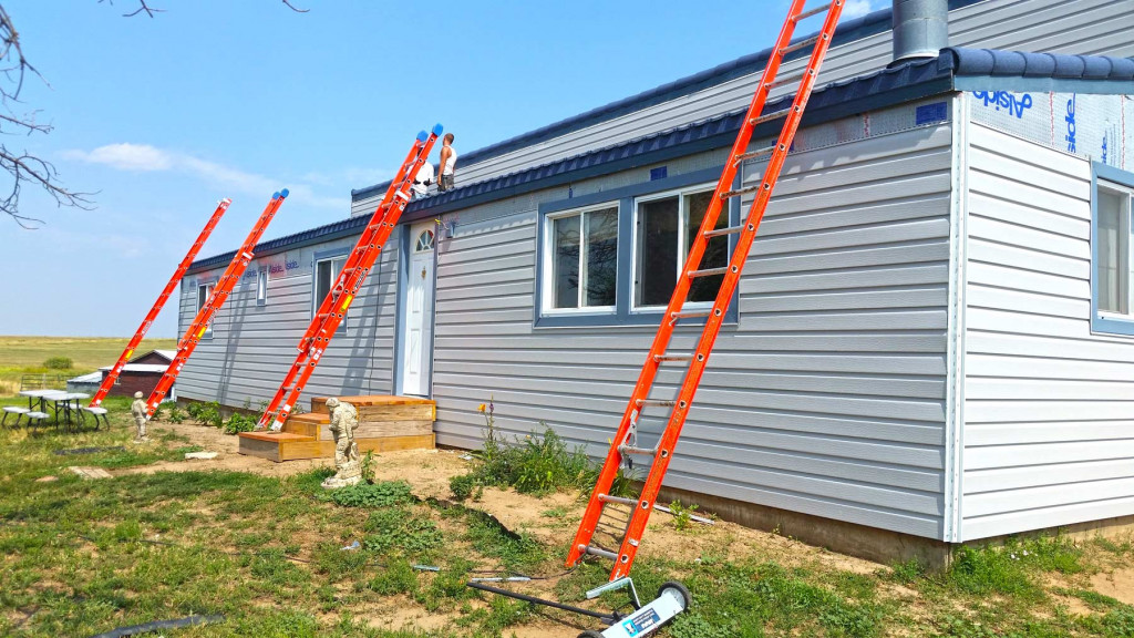 Steel Siding With Fanfold Insulation